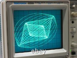 TEKTRONIX 2220 Digital Storage Oscilloscope Oszilloskop Digitalspeicher