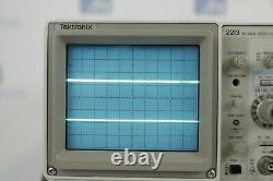 Tektronix 2213 60 MHz Digital Storage Oscilloscope withprobe