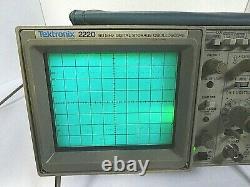Tektronix 2220 60MHz Bandwidth Digital Storage Oscilloscope -Free Shipping