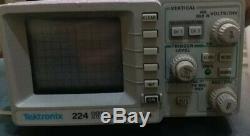 Tektronix 224 digital storage oscilloscope including probe working