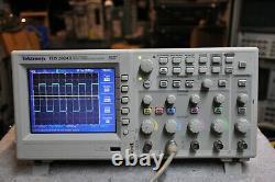 Tektronix TDS2024B Digital Storage 200Mhz 2Gs/s Oscilloscope 4 Channel