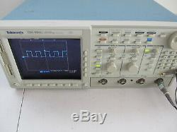 Tektronix TDS694C 3GHz 10GS/s 4-Channel Digital Storage Real Time Oscilloscope
