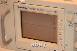 Tektronix Tds1002b 2 Canaux De Stockage Numérique Oscilloscope Avec Rm2000b De Montage En Rack