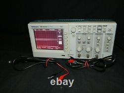 Tektronix Tds1002b Oscilloscope De Stockage Numérique À Deux Canaux Tds 1002b