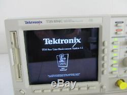 Tektronix Tds694c 3ghz 10 G / S 4 Canaux De Stockage Numérique En Temps Réel Oscilloscope