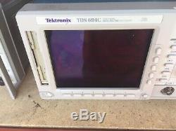 Tektronix Tds 694c 4 Canaux De Stockage Numérique Oscilloscope Pièces / Réparation Uniquement